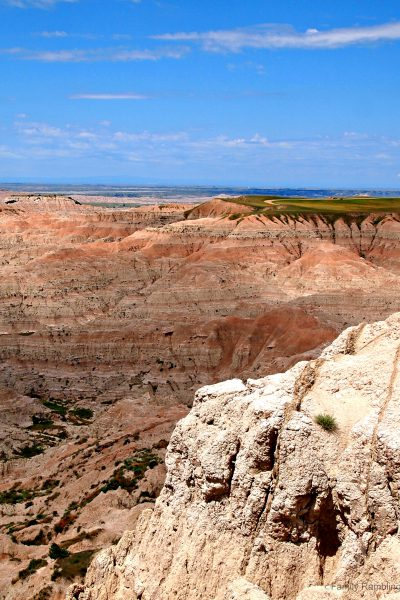 Badlands National Park in South Dakota. Tips for visiting the Badlands.