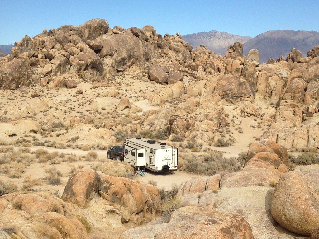 Boondocking in Alabama Hills CA